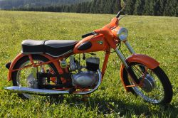 Neuaufbau komplette Restauration RT125/3 orange Oldtimerpass